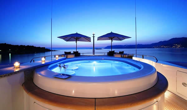 5 Steps For Planning A Super Yacht Charter Vacation