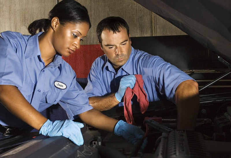 What Are The Things You Need To Know About Careers In The Motor Vehicle and Automotive Industry?