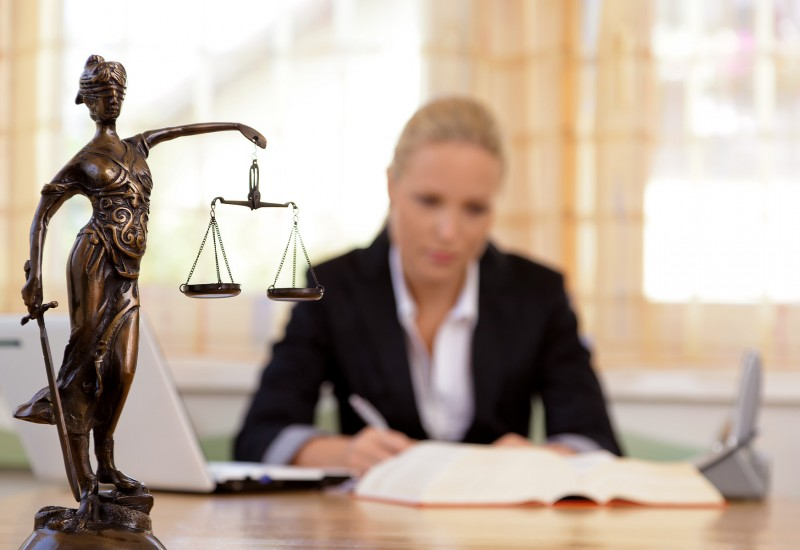 How Can A Criminal Defence Lawyer Help You?