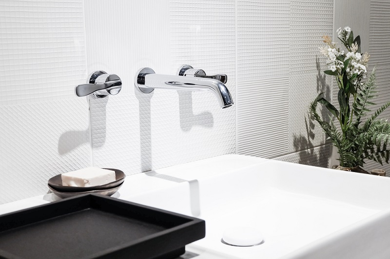 Give Your Bathroom A Stylish Look With The Right Bathroom Tap