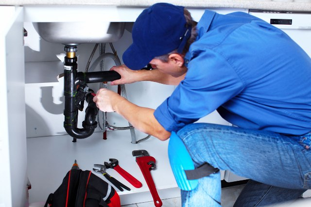 Water Heater Repair – Is Repairing Your Water Heater Worth The Price?