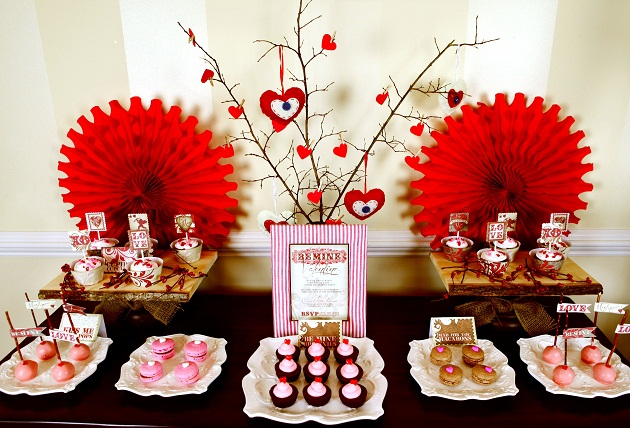 Arrange A Valentine's Day Party This Year