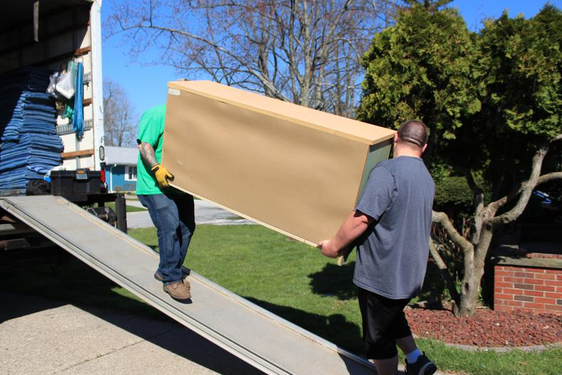 Factors To Be Considered Before Hiring A Professional Moving Company In Brooklyn, NY
