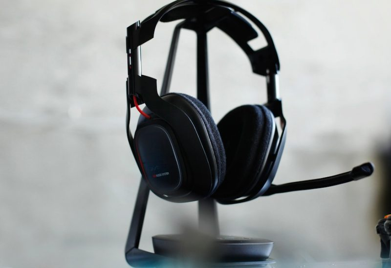 Gaming Headset Types: Pros and Cons