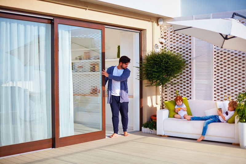 Benefits Of Using Security Flyscreen Doors For Your Living Space