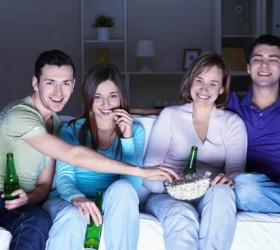 The Pros and Cons Of Living With Roommates