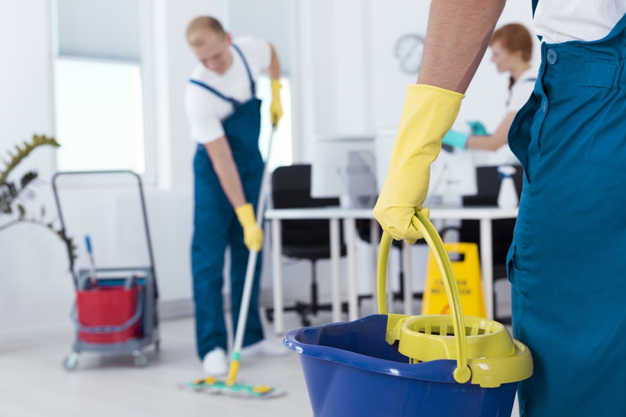 The Benefits Of Using A Cleaning Services Company