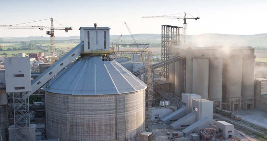 Which Industries Use Storage Silos For Bulk Material Handling?